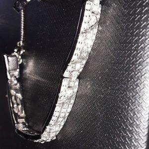 Diamond  chip/silver